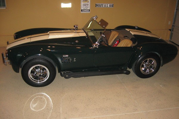 Larry Ceretti's 1966 Shelby Cobra 427SC