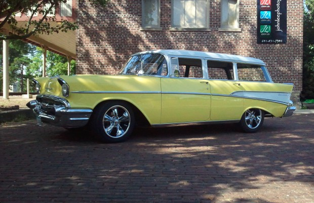 Rod Farver's 1957 Chevy 210 Wagon