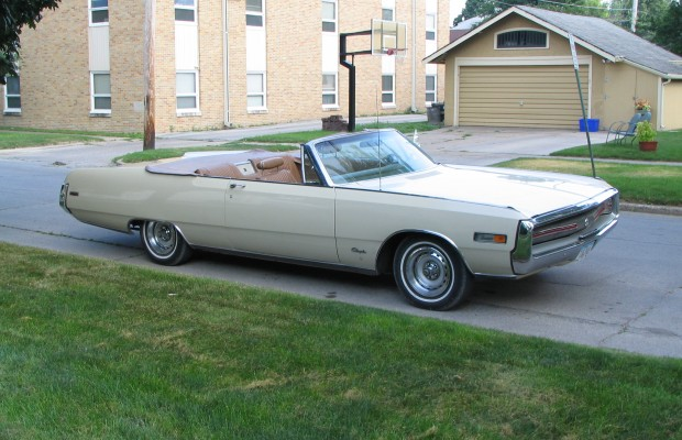 Kelly Coleman's 1970 Chrysler 300 Convertible